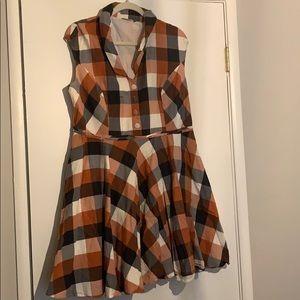 Buffalo plaid dress perfect for fall 20w pockets!